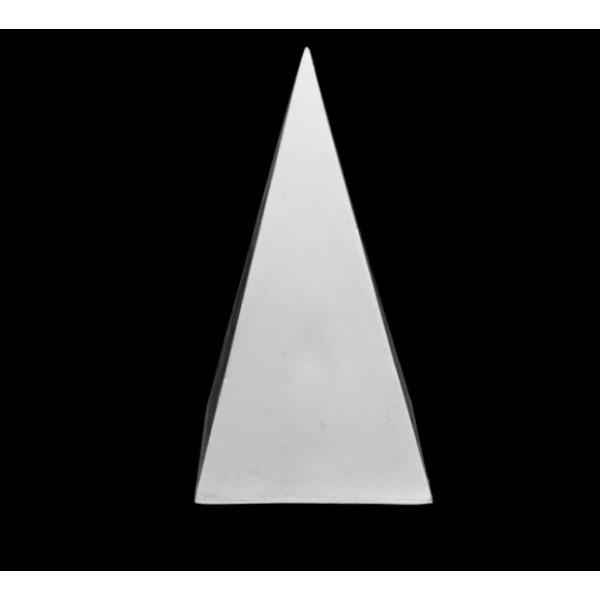 Ģipša figūra- Piramīda
